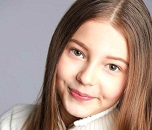 """Lilo Baier, Child TV Star, from """"The Voice Kids"""" and """"ChildAid,"""" Lands New Lead TV Roles with Prestigious LA Talent Agency Clear Talent Group"""