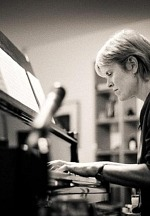 """Academy Award-Winning Composer Rachel Portman Releases Her Much Anticipated Album, """"Ask the River,"""" Available Now on Node Records"""