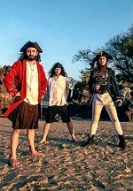 """ALESTORM Releases New Single & Official Video """"Fannybaws"""""""