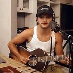 "Singer-Songwriter Emmanuel Franco Releases New Video for His Latest Single ""Broken Man"""