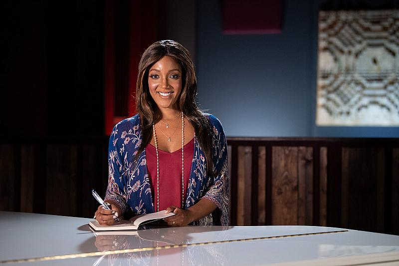"""55th Academy of Country Music Awards"" Teams Up With Country Star Mickey Guyton to Help People Facing Hunger in Light of COVID-19"
