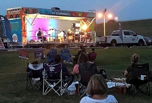 Kansas City Symphony Debuts Mobile Music Box Stage at Outdoor Venues Across Metro Area