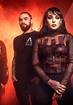 "JINJER Release Hard-Hitting Live Video For ""Sit Stay Roll Over"""